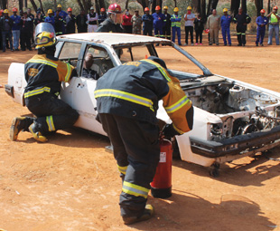 ABOVE RIGHT: Rescue teams demonstrated the correct procedures for various accident-related scenarios.